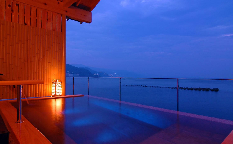 熱海温泉湯の宿平鶴 貸切露天風呂「潮彩」